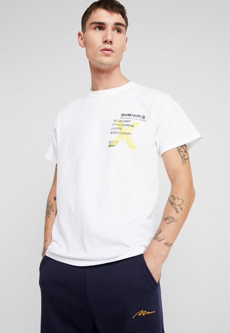 boohoo MAN - AIRLINE TICKET - T-shirt con stampa - white