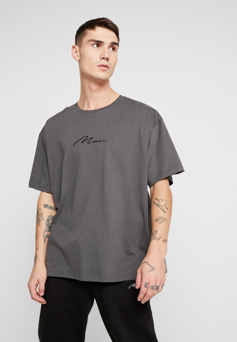 boohoo MAN - SIGNATURE EMBROIDERED OVERSIZED - Print T-shirt - grey