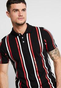 boohoo MAN - PRINTED STRIPE BUTTON - Polo shirt - black - 4