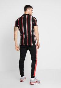 boohoo MAN - PRINTED STRIPE BUTTON - Polo shirt - black - 2