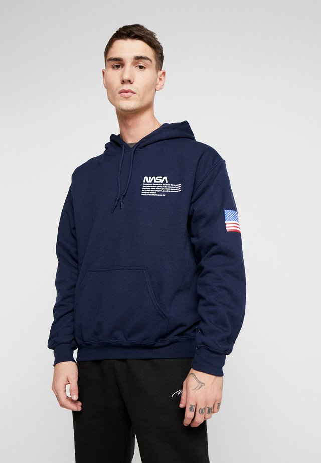 NASA CHEST AND SLEEVE HOODIE - Felpa con cappuccio - navy