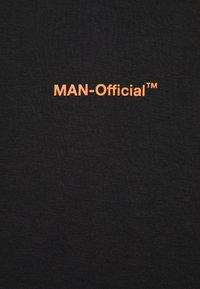 boohoo MAN - MAN OFFICIAL GRAPHIC HOODIE - Hoodie - black - 2