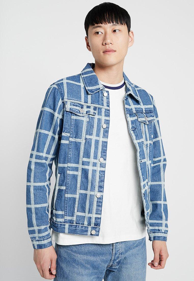boohoo MAN - CHECK JACKET - Jeansjakke - vintage wash