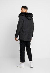 boohoo MAN - Abrigo de invierno - black - 2
