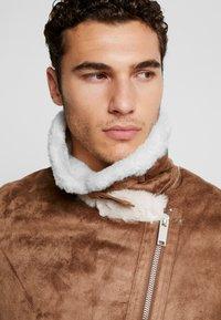 boohoo MAN - LINED AVIATOR JACKET - Faux leather jacket - tan - 3