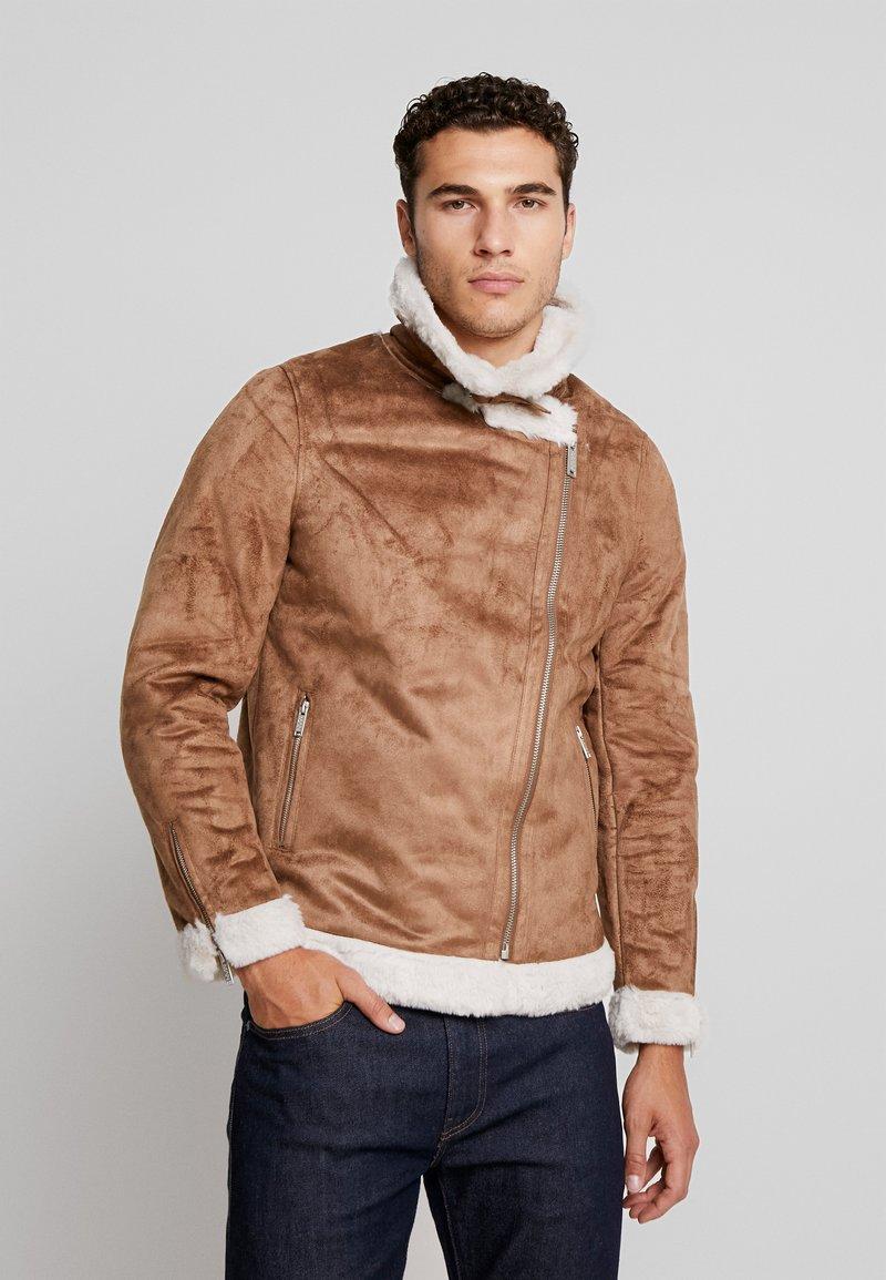 boohoo MAN - LINED AVIATOR JACKET - Faux leather jacket - tan