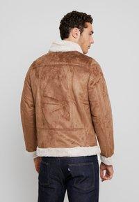 boohoo MAN - LINED AVIATOR JACKET - Faux leather jacket - tan - 2