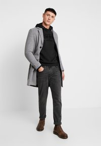boohoo MAN - SINGLE BREASTED OVERCOAT - Kåpe / frakk - grey - 1