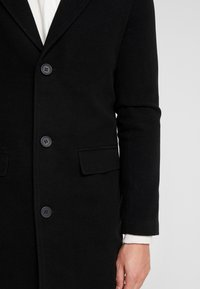 boohoo MAN - SINGLE BREASTED OVERCOAT - Zimní kabát - black - 5