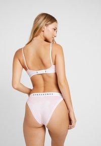 Bonds - STRING CROP - Bustier - light pink - 2