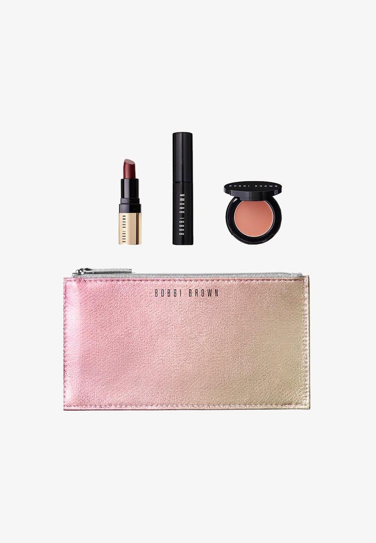 Bobbi Brown - CLUTCH CLASSICS - Set de maquillage - -