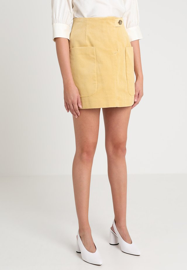 SMITA - A-Linien-Rock - raffia yellow