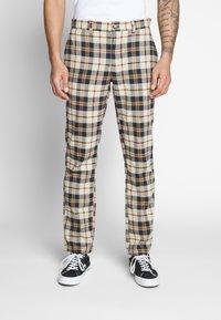 Brooklyn Supply Co. - CHECK SLIM TROUSER - Kalhoty - brown - 0