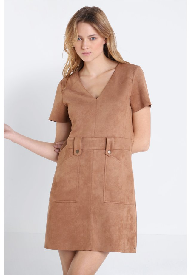 Korte jurk - light brown
