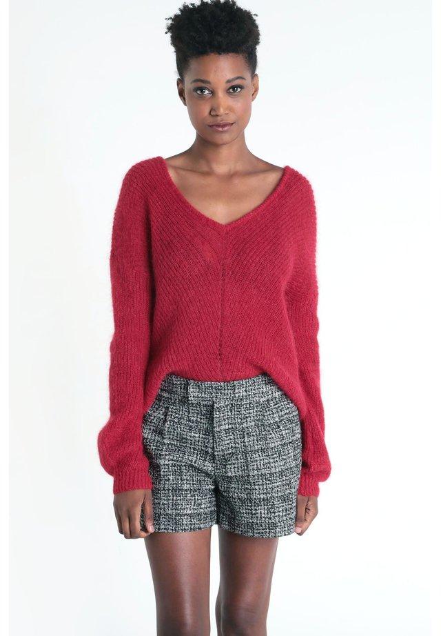 MIT V-AUSSCHNITT - Jersey de punto - rouge clair