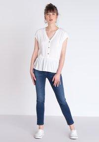 BONOBO Jeans - INSTINCT - Jeans Slim Fit - stone blue denim - 1