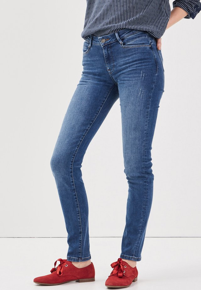MIT DESTROY-DETAILS - Slim fit jeans - denim stone