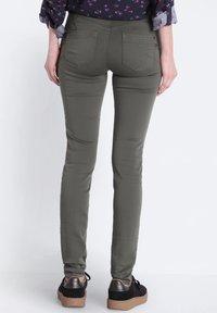 BONOBO Jeans - Jeans Skinny Fit - green - 2