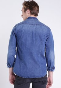 BONOBO Jeans - Chemise - stone blue denim - 1