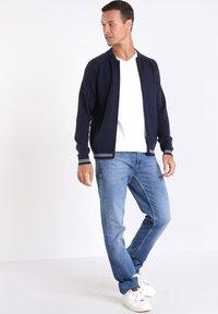 BONOBO Jeans - Vest - dark blue - 1