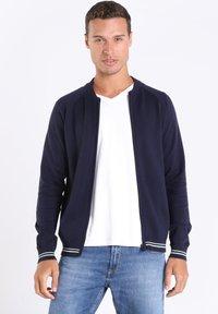BONOBO Jeans - Vest - dark blue - 3