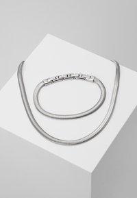 Breil - VIPER GIFT SET - Necklace - silver-coloured - 0