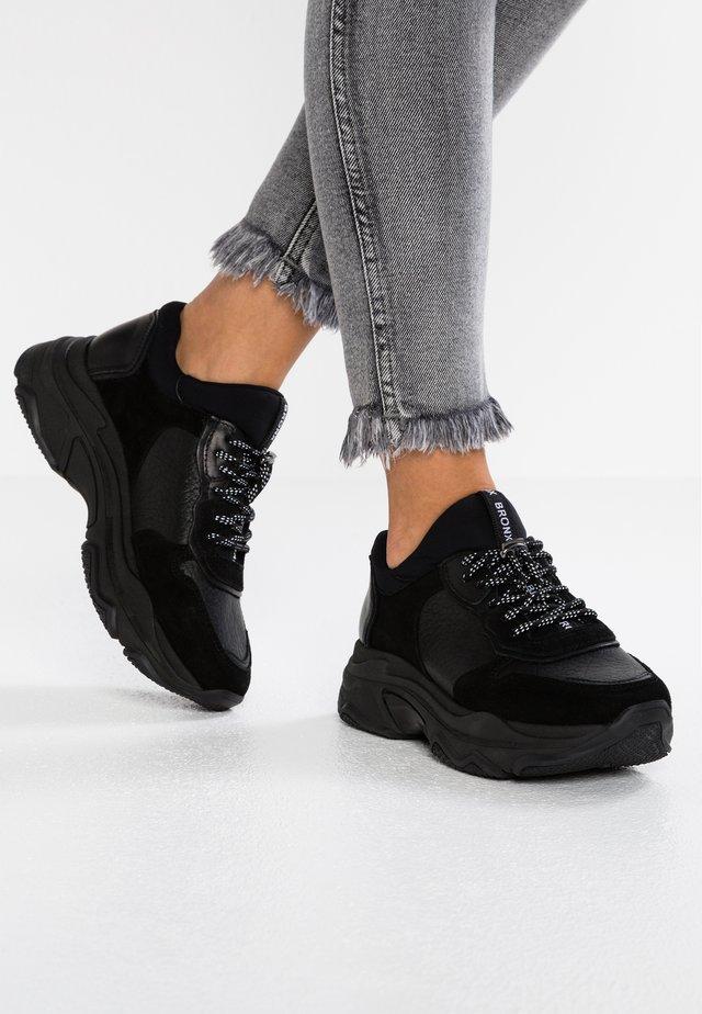 BAISLEY - Trainers - black