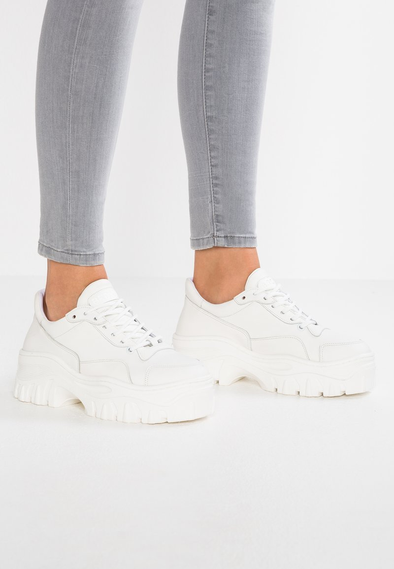 Bronx - JAXSTAR - Sneaker low - white