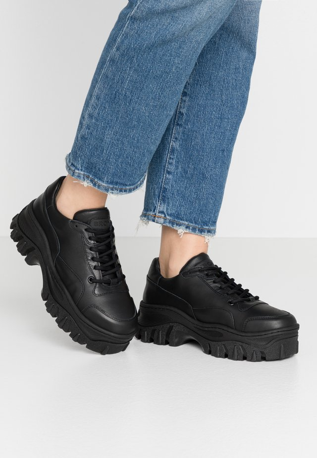 JAXSTAR - Sneaker low - black