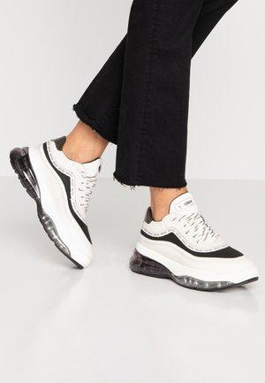 BUBBLY - Sneakers - off white/khaki