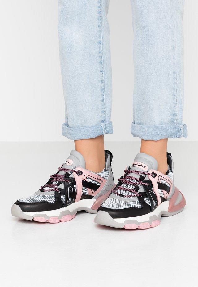 SEVENTY STREET - Sneaker low - black/grey/blush