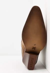 Bronx - NEW KOLE  - High heeled boots - mustard - 6