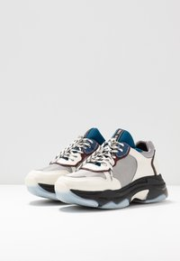 Bronx - BAISLEY - Sneakers - offwhite/silver/light blue - 4