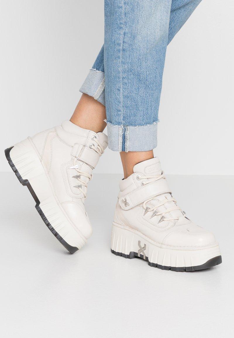 Bronx - MOON WALKK - High-top trainers - offwhite