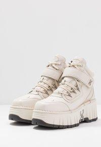 Bronx - MOON WALKK - High-top trainers - offwhite - 4