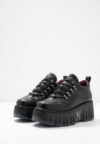 Bronx - MOON WALKK - Trainers - black - 4
