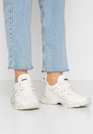 SEVENTY STREET - Sneakers - off white