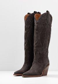 Bronx - NEW KOLE - Boots med høye hæler - asphalt - 4