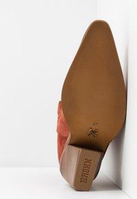 Bronx - NEW KOLE - High heeled boots - deep rust - 6