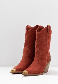 Bronx - NEW KOLE - High heeled boots - deep rust - 4