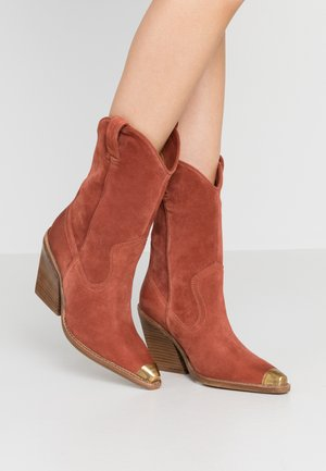 NEW KOLE - High heeled boots - deep rust