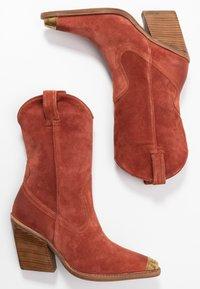 Bronx - NEW KOLE - High heeled boots - deep rust - 3