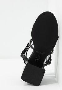 Bronx - MEAVE STAR - Sandály na vysokém podpatku - black/silver - 6