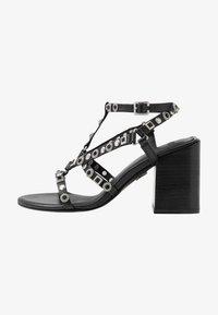 Bronx - MEAVE STAR - Sandály na vysokém podpatku - black/silver - 1