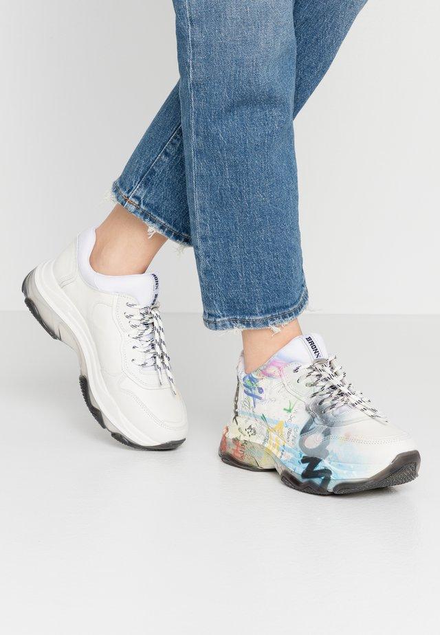BAISLEY - Baskets basses - offwhite/multicolor