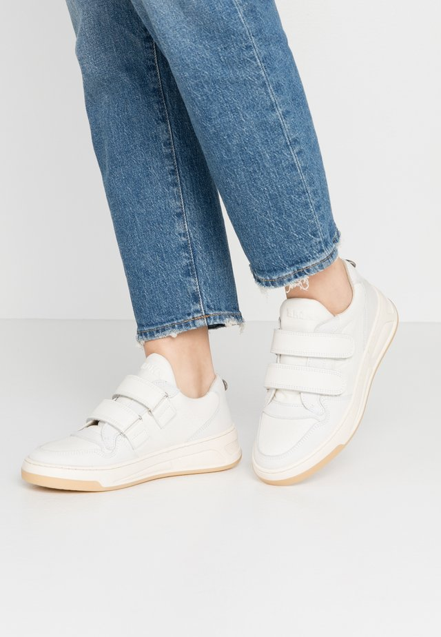 OLD COSMO - Sneakers basse - offwhite