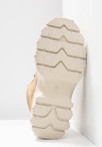 Bronx - JAXSTAR HIKING - Ankle boots - cappuccino - 6