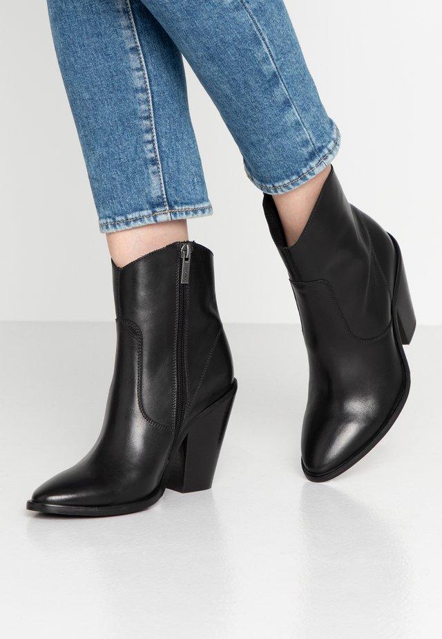 TEX-HIGH - High Heel Stiefelette - black