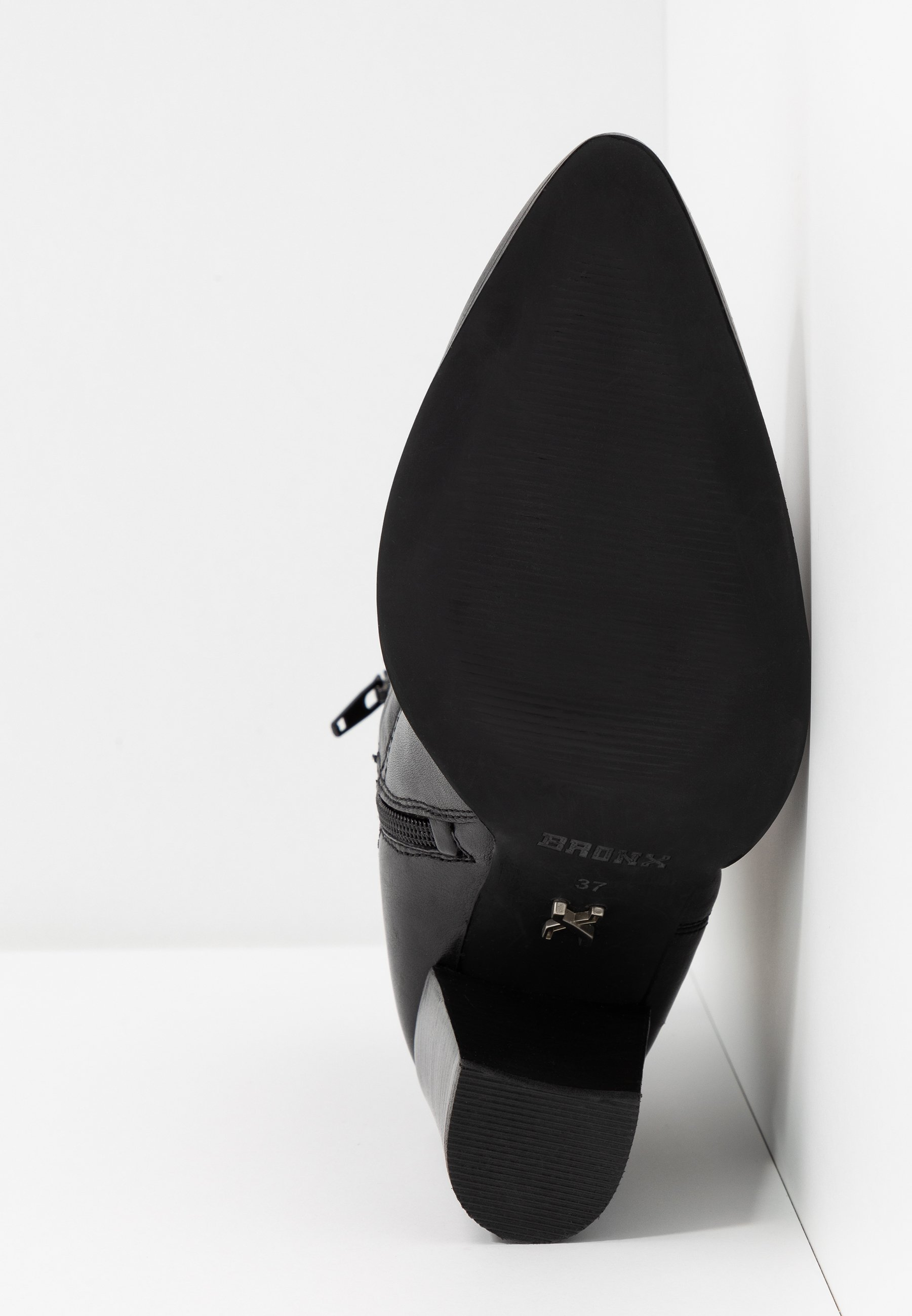 Bronx NEW AMERICANA - Højhælede støvletter - black