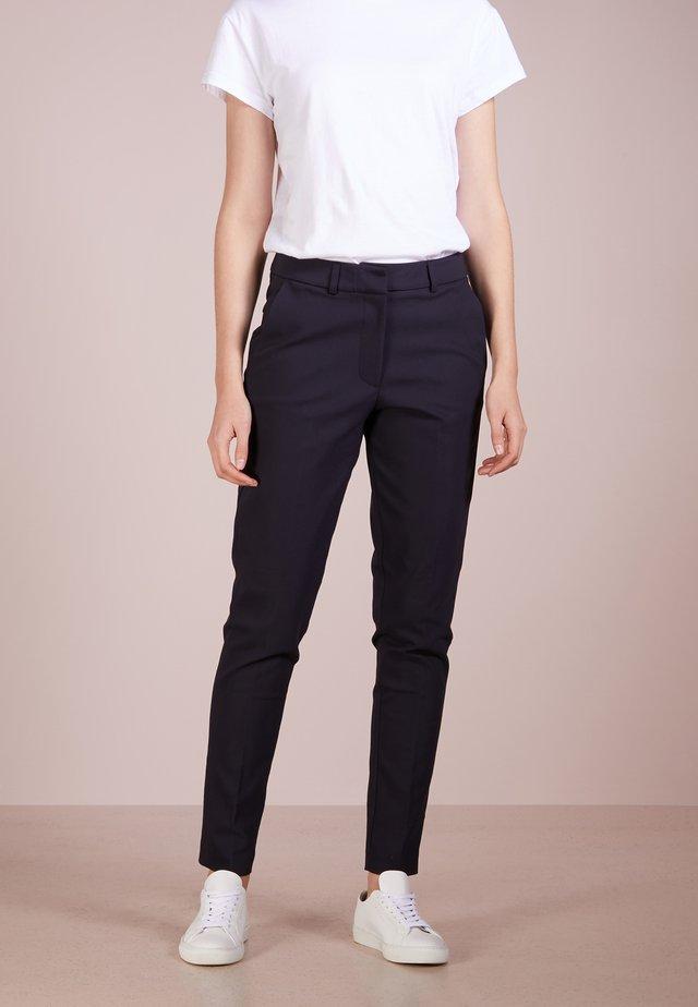 LYNN PANT - Spodnie materiałowe - navy
